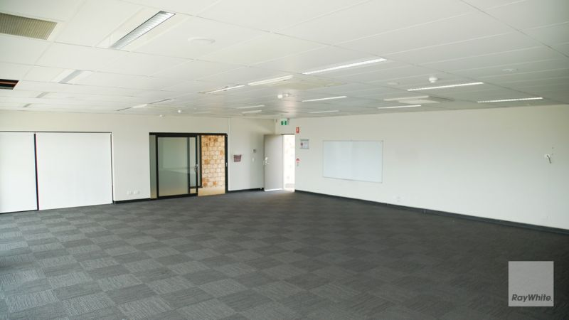 Freehold Commercial Office - Corner Position