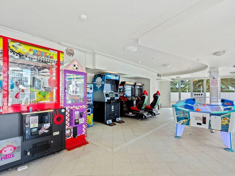 1710/24-26 Queensland Avenue, Broadbeach