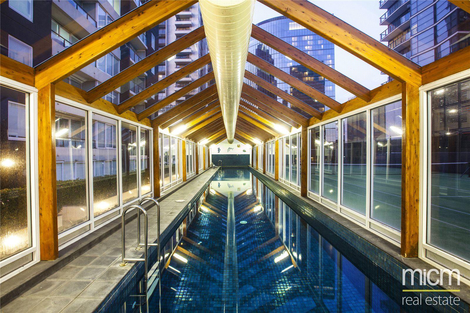 Rivergarden Condos: 8th Floor - Fantastic Location!