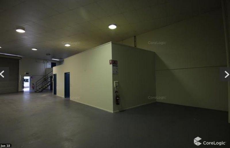 Dutton Park Office Warehouse