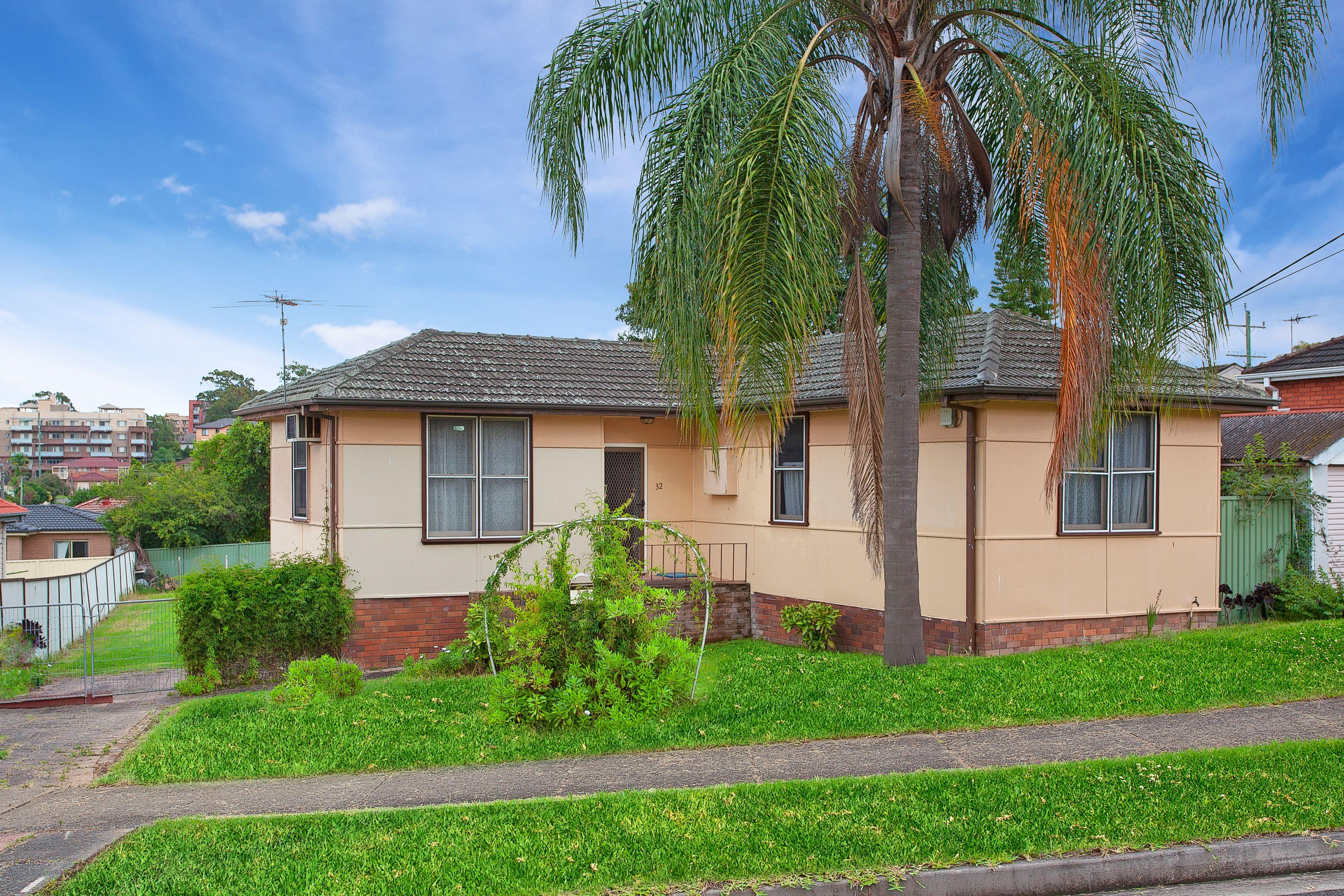 32 Dawn Drive, Seven Hills NSW 2147
