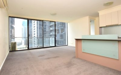 The Sentinel: 14th Floor - Chic Apartment In A Fantastic Location!
