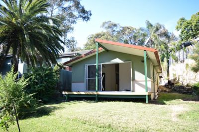 Near New Granny Flat immediately adjacent the Shores of Beautiful Pittwater