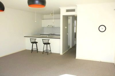 Coventry Gardens: Spacious Two Bedroom Apartment!