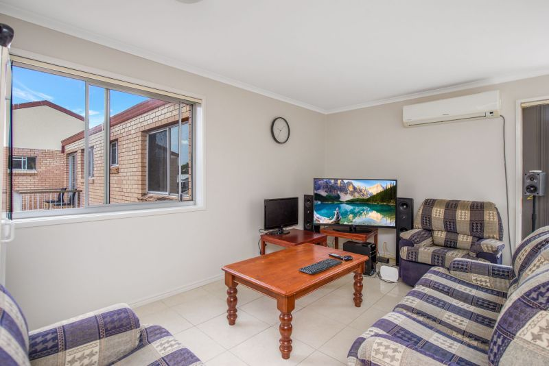 10/203 Scarborough Street, Southport