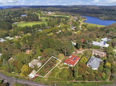 30 Blaxland Road Wentworth Falls 2782