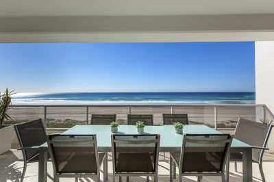 Absolute Beachfront 4 bedroom Residence along Millionaires Row