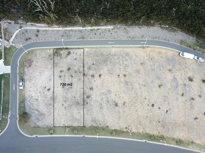 Large block of land close to a beautiful beach