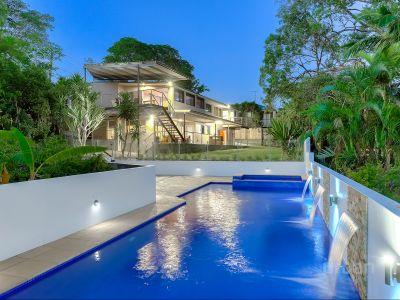 Exclusive Residence in Prestigious Location