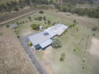 HUGE, 432M2 HOME ON 8.5 ACRES WITH 8 BAY-294M2 SHED…….COME TAKE A LOOK!