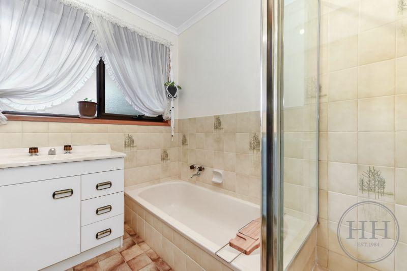 345 Brisbane  Street West-10