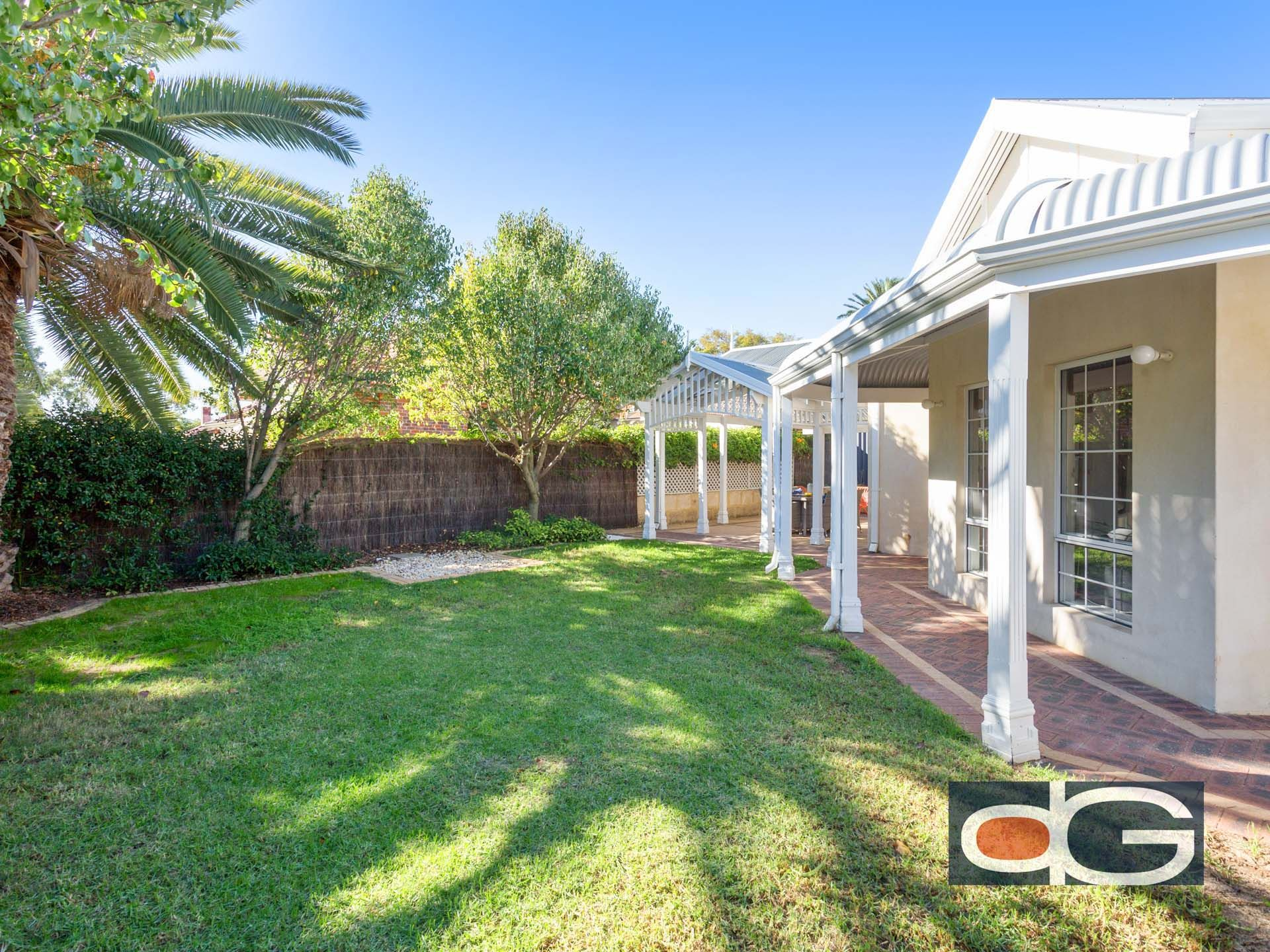 2 Stratford Street, East Fremantle