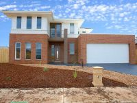 Featherbrook Estate, 10 Skein St: Make This Your New Home!