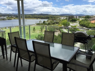 Now $500! Amazing Large 2 Bedroom Unit with Stunning Views