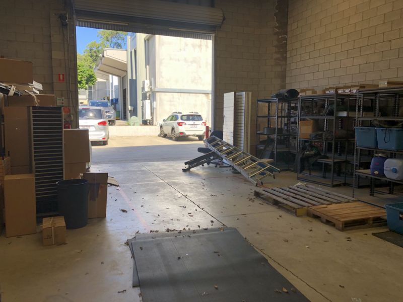 Pike St Pearler Warehouse For Lease