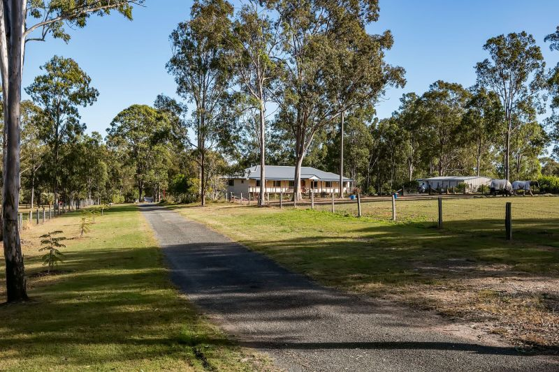 For Sale By Owner: 87 Cartwright Road, Buccan, QLD 4207
