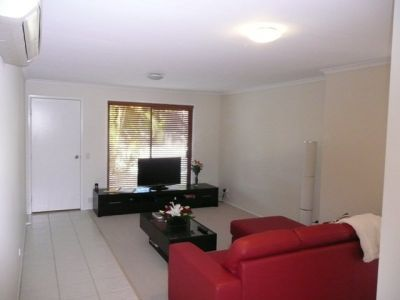 Elegant Duplex - Entertainers Delight - Labrador