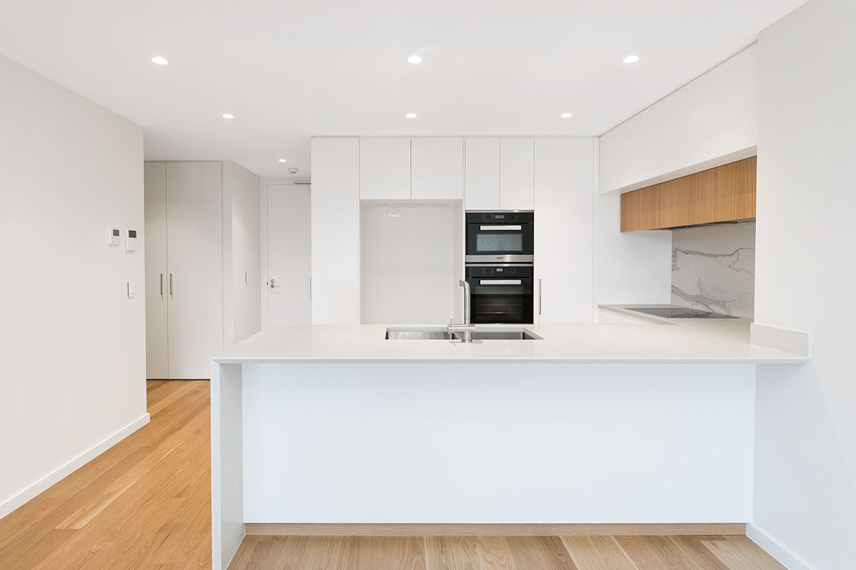 304/177 Russell Ave DOLLS POINT 2219