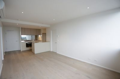 883 Collins: Stunning, BRAND NEW Two Bedroom Apartment in Docklands!