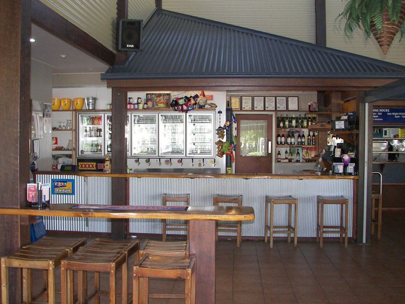 Tully Heads Tavern