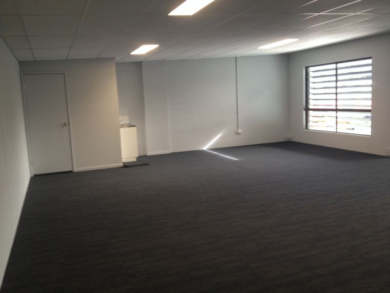 BRAND NEW INDUSTRIAL WAREHOUSE/OFFICE AVAILABLE FOR SALE!