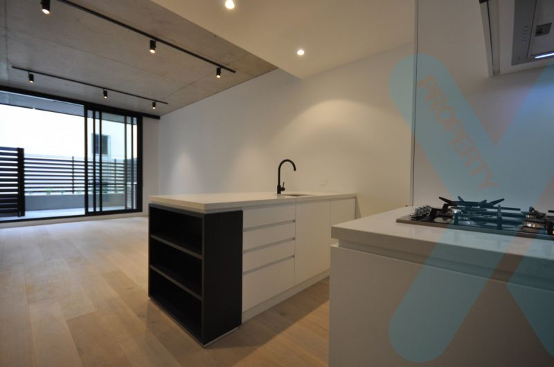 28 STANLEY STREET - 2 Bedrooms, 1 Bathrooms, 1 Carpark Apartment for Lease