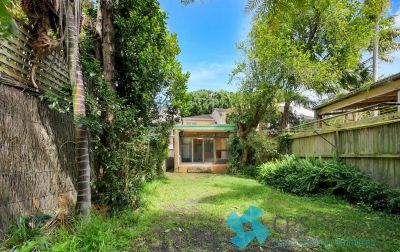 CHARMING FAMILY HOME IN SOUGHT AFTER BONDI BEACHSIDE LOCATION