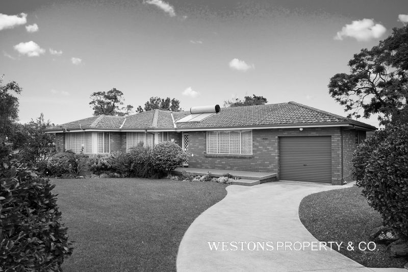 16 Attlee Place, Winston Hills NSW 2153