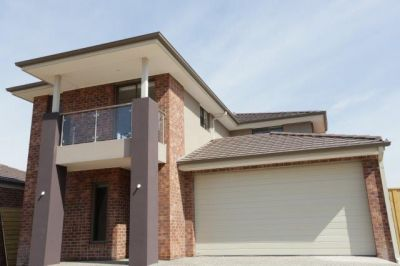 Brand New Double Storey 4 Bedroom House in a Great Location - Waterfront with a Lifestyle to Enjoy!