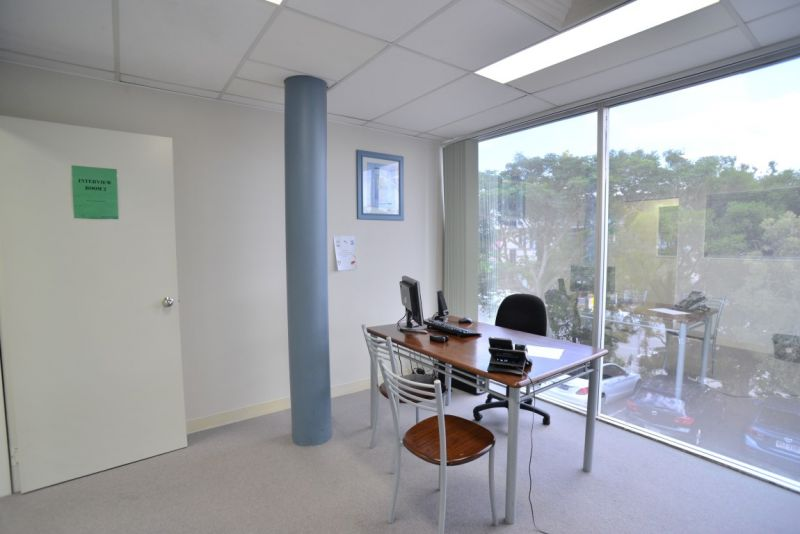 400sqm First Floor Office Suite In Logan Central