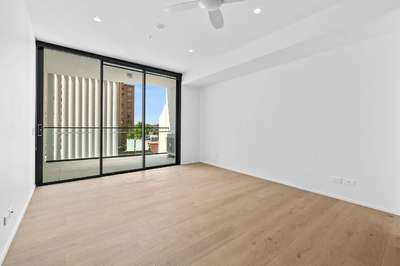 Newly Brand New Apartment in Bondi Central