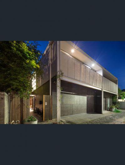 25 Hayes Lane, East Melbourne