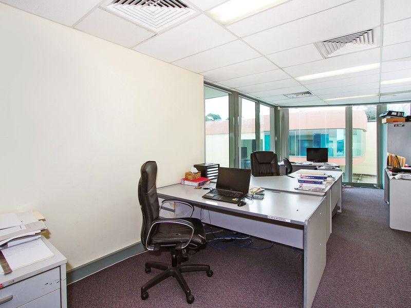 FLEXIBLE OFFICE/ WAREHOUSE