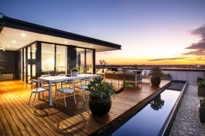 Deluxe 'Trio' Penthouse with Dramatic Panoramas