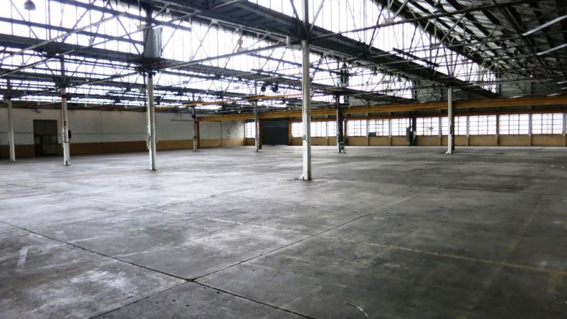 2,844m² Geebung Warehouse With Fitted Office