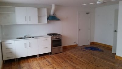 Clean, Modern, Secure & Newly Renovated 1 Bedroom Unit