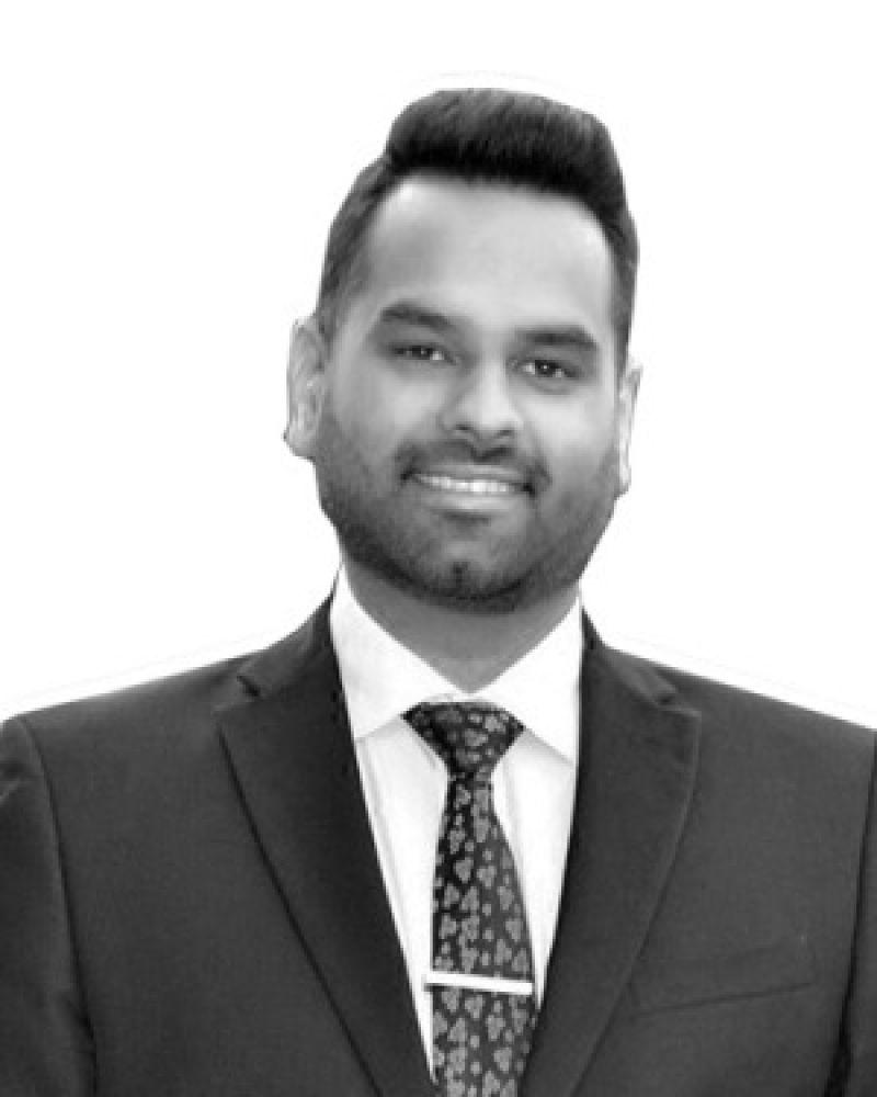 Nik Sharma Real Estate Agent