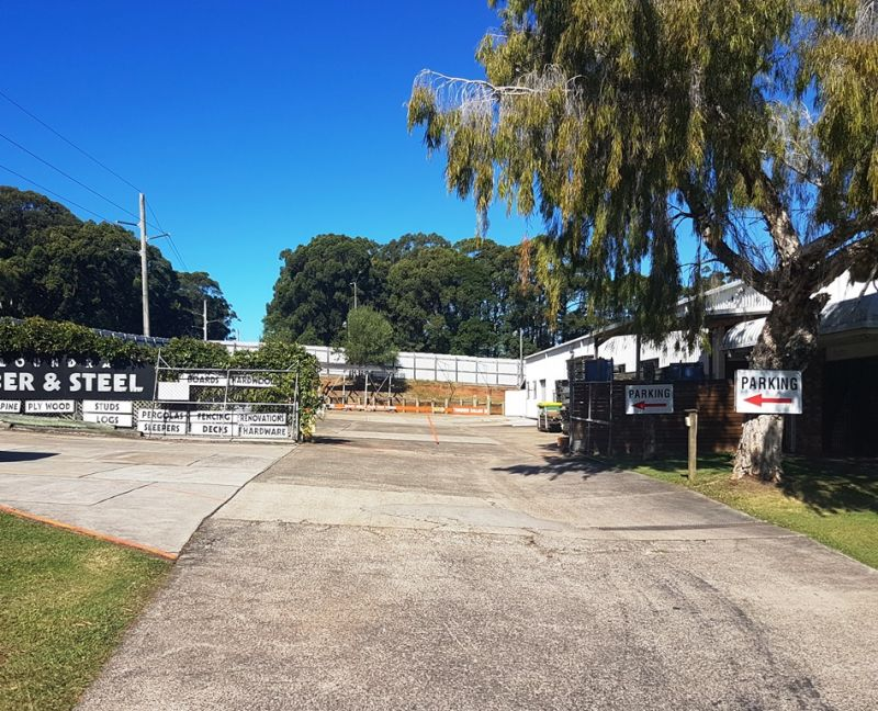 Large Industrial Warehouse With Expansive Hardstand - Caloundra