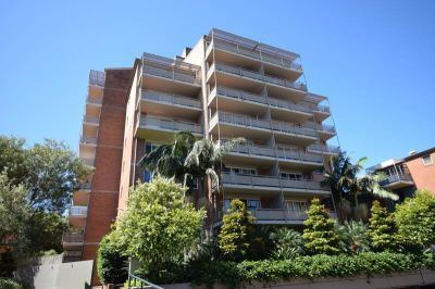 Quality Living: 2 Bedroom Must See Apartment for Lease!