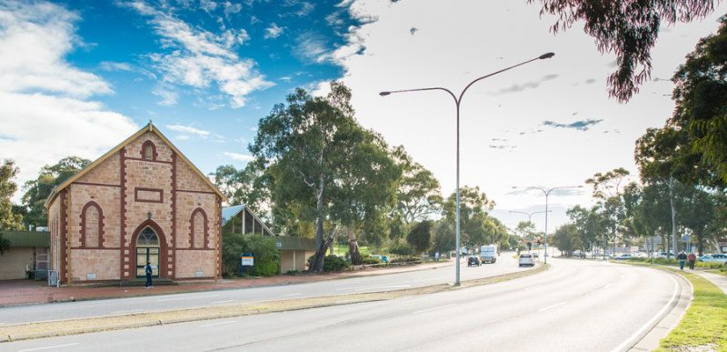 Metropolitan Investment - auction to be held on 22 October 2013 at 11am (ACDT) at The Science Exchange, 55 Exchange Place, Adelaide.