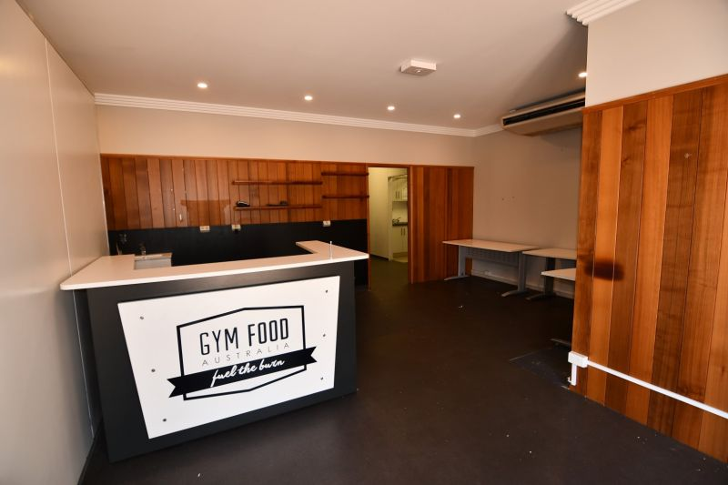 Fully equipped Commercial Kitchen in modern estate