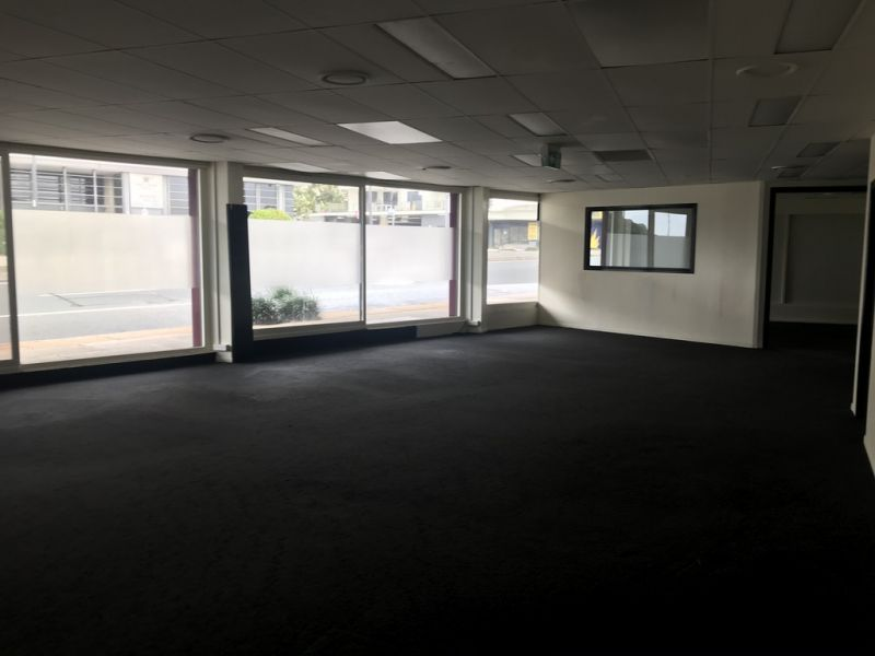 Retail/Office Space Located Opposite Bluewater Square