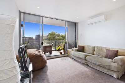 North Facing One Bedroom Plus Study Apartment