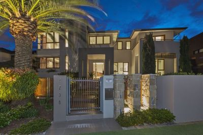 Stunning Golf Front Home