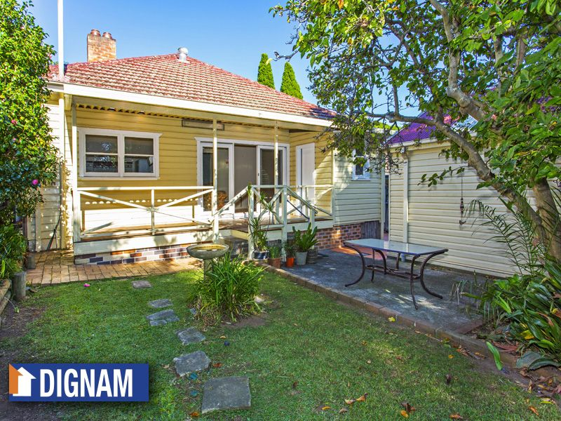 16 Eastern Avenue, Mangerton NSW