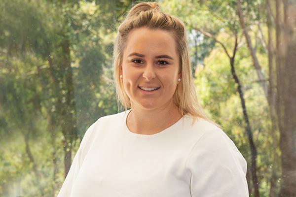 Kate Iacullo Real Estate Agent