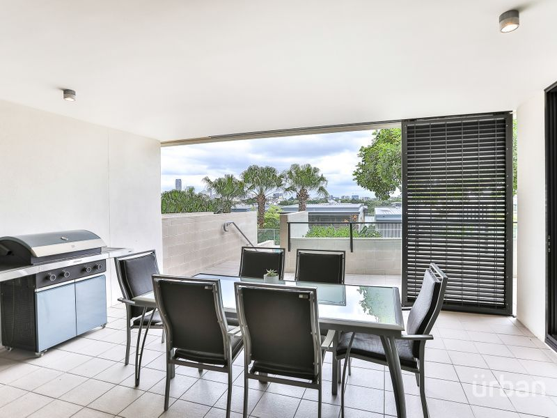 315/90 Wynnum Road Norman Park 4170