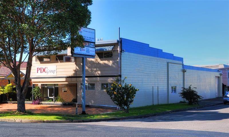 Handy Warehouse Near Griffiths Road