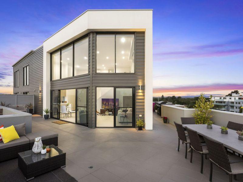 Superb penthouse apartment