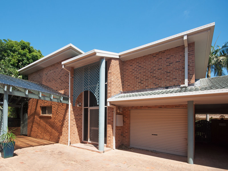 Townhouse Unfurnished - Available Mid August